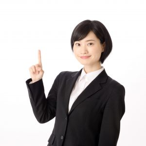 スーツ姿の女性1